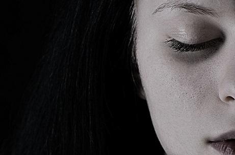 מכירים את הימים האלה שאין חשק לכלום…איך להתמודד עם הכאב שמגיח פתאם? מה לעשות עם הריקנות שמציפה?